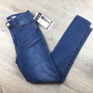 Seven7 High Rise Skinny Jeans Size 6